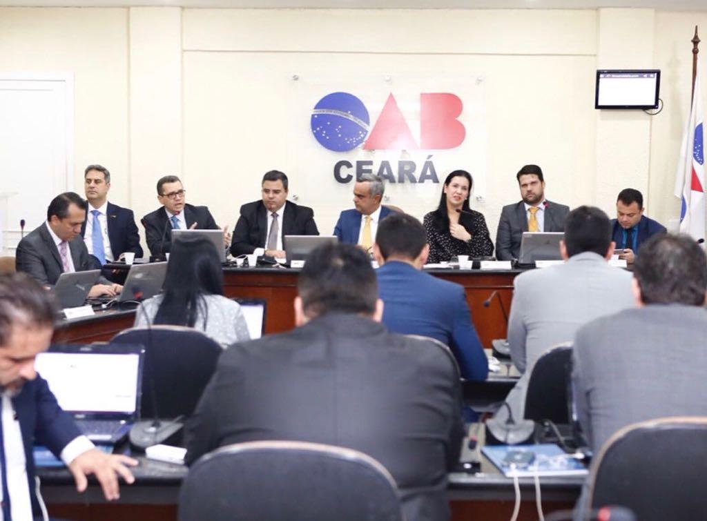 Contas apresentadas pela CAACE são aprovadas por unanimidade