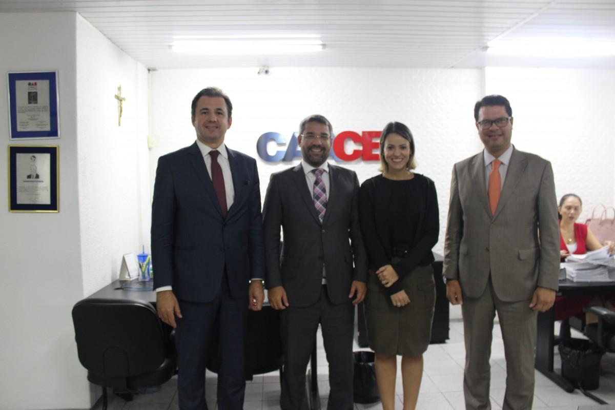 CAACE recebe visita da presidencia da CAAPE