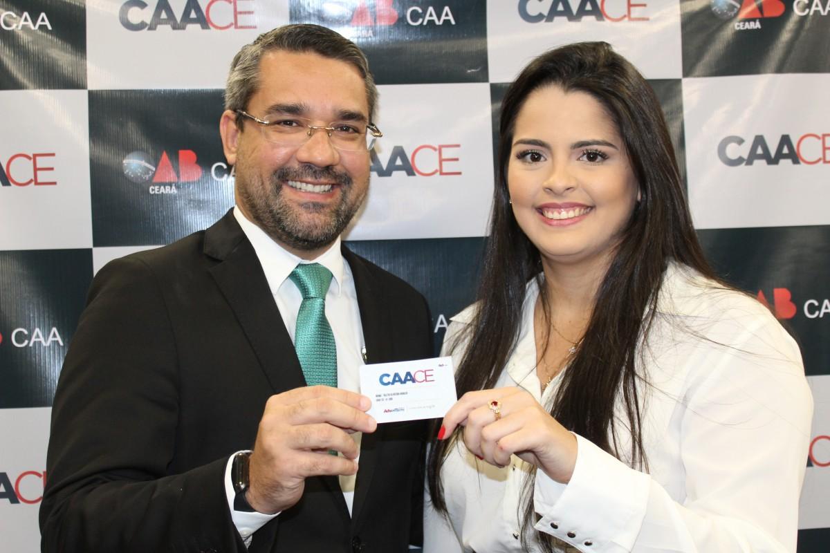 Solenidade de entrega de carteiras e cartões associados CAACE (09/05)